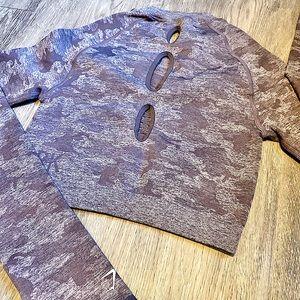 Gymshark (NWT!) Camo Long Sleeve Crop Top Purple